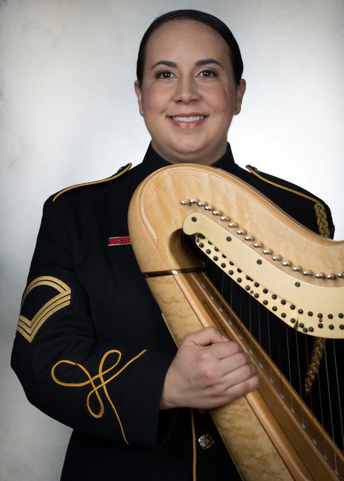 SFC Nadia Pessoa, harp